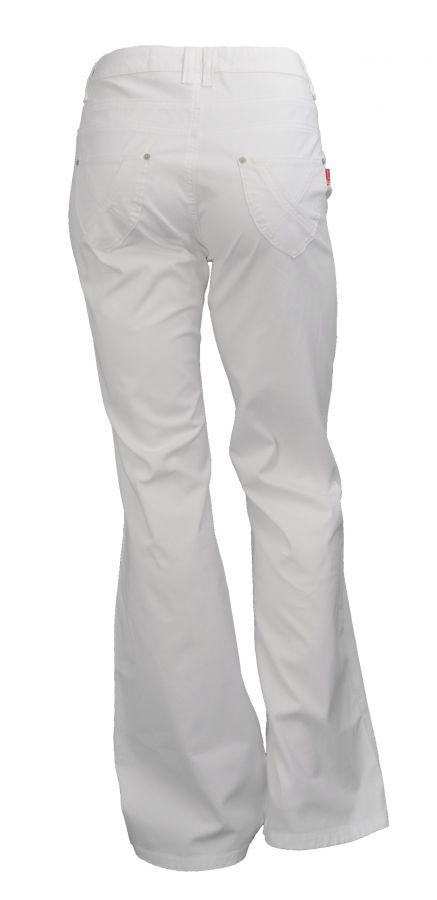 b² Jeans ausgestelltes Bein